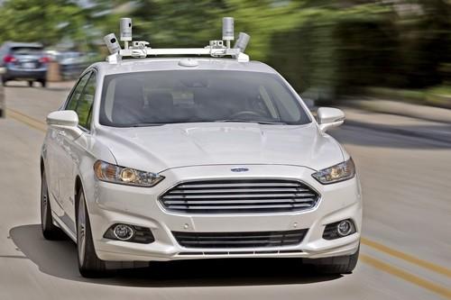 La primera muerte por un coche autónomo reaviva el debate del progreso: La seguridad de hoy contra la del mañana