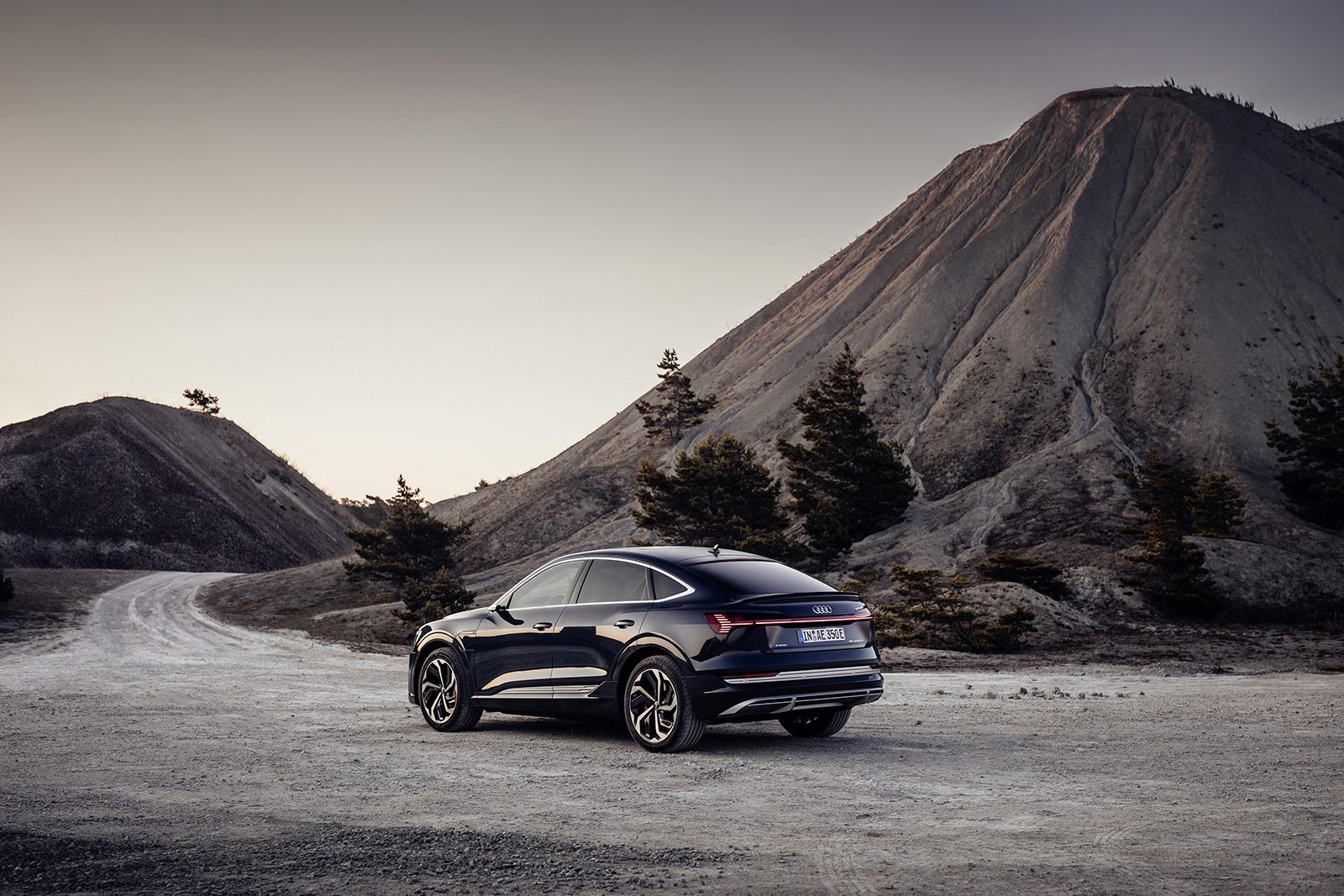 Foto de Audi e-tron Sportback (17/57)
