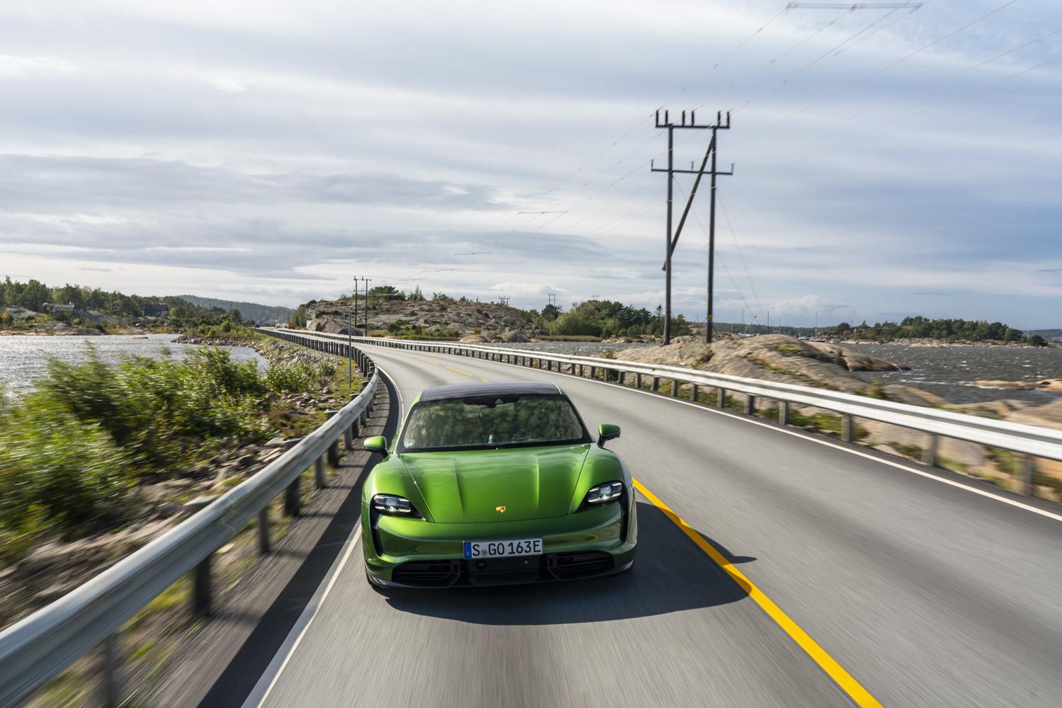 Foto de Porsche Taycan prueba contacto (261/275)