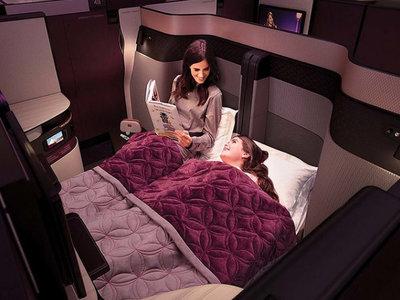 Parejas del mundo, los viajes románticos serán muy diferentes con la posibilidad de tener una cama doble en 'business class'