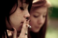 Ser fumador social, ¿igual de nocivo que ser fumador habitual?