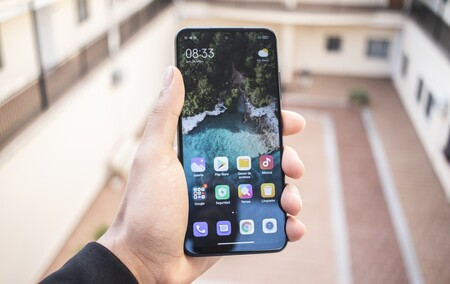 Smartphones 5G rebajadísimos, un smartwatch por 23 euros y auriculares Bluetooth por 13 euros: mejores ofertas Xiaomi hoy
