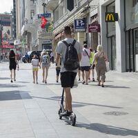 Los patinetes eléctricos tendrán que llevar documentación en un código QR, aunque de momento no será obligatoria