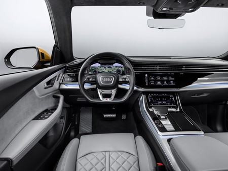 Audi Q8 2019 024