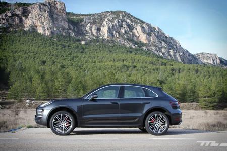 Probamos a fondo los 400 CV del Porsche Macan Turbo. ¿Estamos ante el rey de los SUV medios?