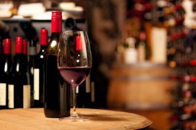 El alcohol con moderación también es perjudicial