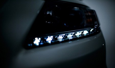 Honda podría presentar un <em>restyling</em> del CR-Z en el Salón de Paris