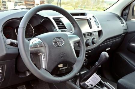 Toyota Hilux 032