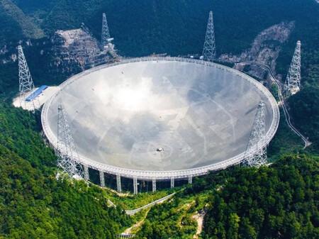 China abre su enorme telescopio de 500 metros FAST a la comunidad internacional tras el derrumbe del de Arecibo