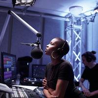 La Apple Store de la Quinta Avenida en NY tendrá una zona exclusiva para emitir Beats 1 en directo