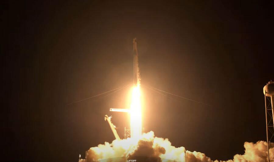SpaceX vuelve a hacer historia con el lanzamiento de Inspiration4: despega con éxito la primera misión espacial tripulada por civiles. Noticias en tiempo real