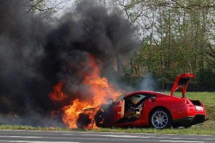 Ferrari 599 GTB, también a la hoguera