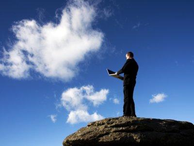 Nube y protección de datos: ¿qué debería saber una empresa al usar Dropbox o Google Drive?