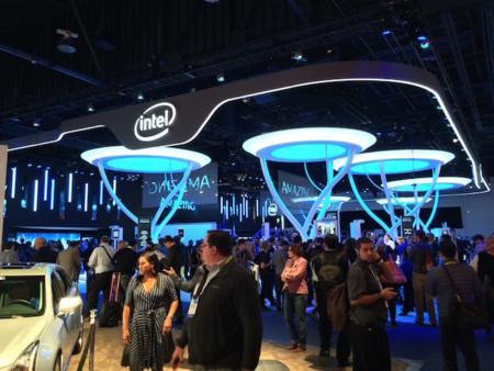 Las bajas ventas en los ordenadores no afectan a Intel, quien reporta ganancias para el cierre de 2014