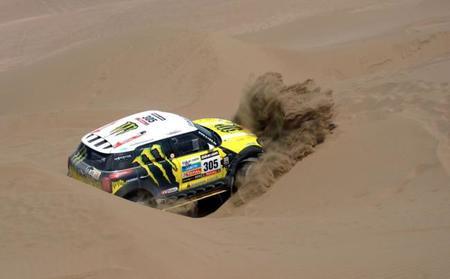Las dunas vuelven a enterrar las opciones de Nani Roma