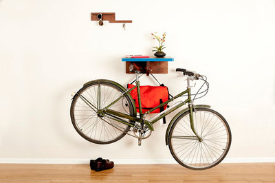 Otro soporte para colgar la bicicleta con estilo