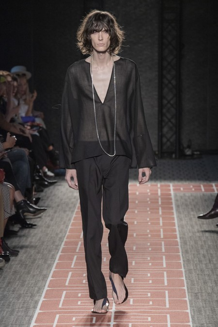 Black Deep V Neck Men Trend Spring Summer 2020 03
