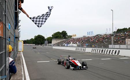Max Verstappen firma otro fin de semana perfecto y son seis victorias en nueve días