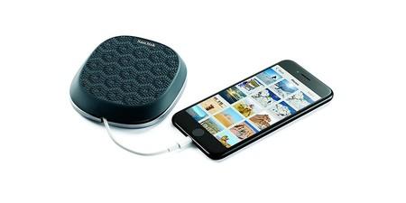 La base para cargar y hacer copias de seguridad para iPhone SanDisk iXpand con 64 GB de capacidad, hoy en Amazon por 58,90 euros