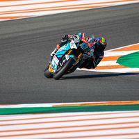Jorge Navarro vuela en Cheste para hacer la pole position de Moto2 por 17 milésimas