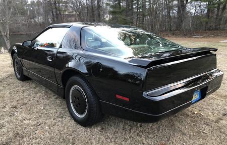 Pontiac Firebird Trans Am GTA 1987 KITT réplica