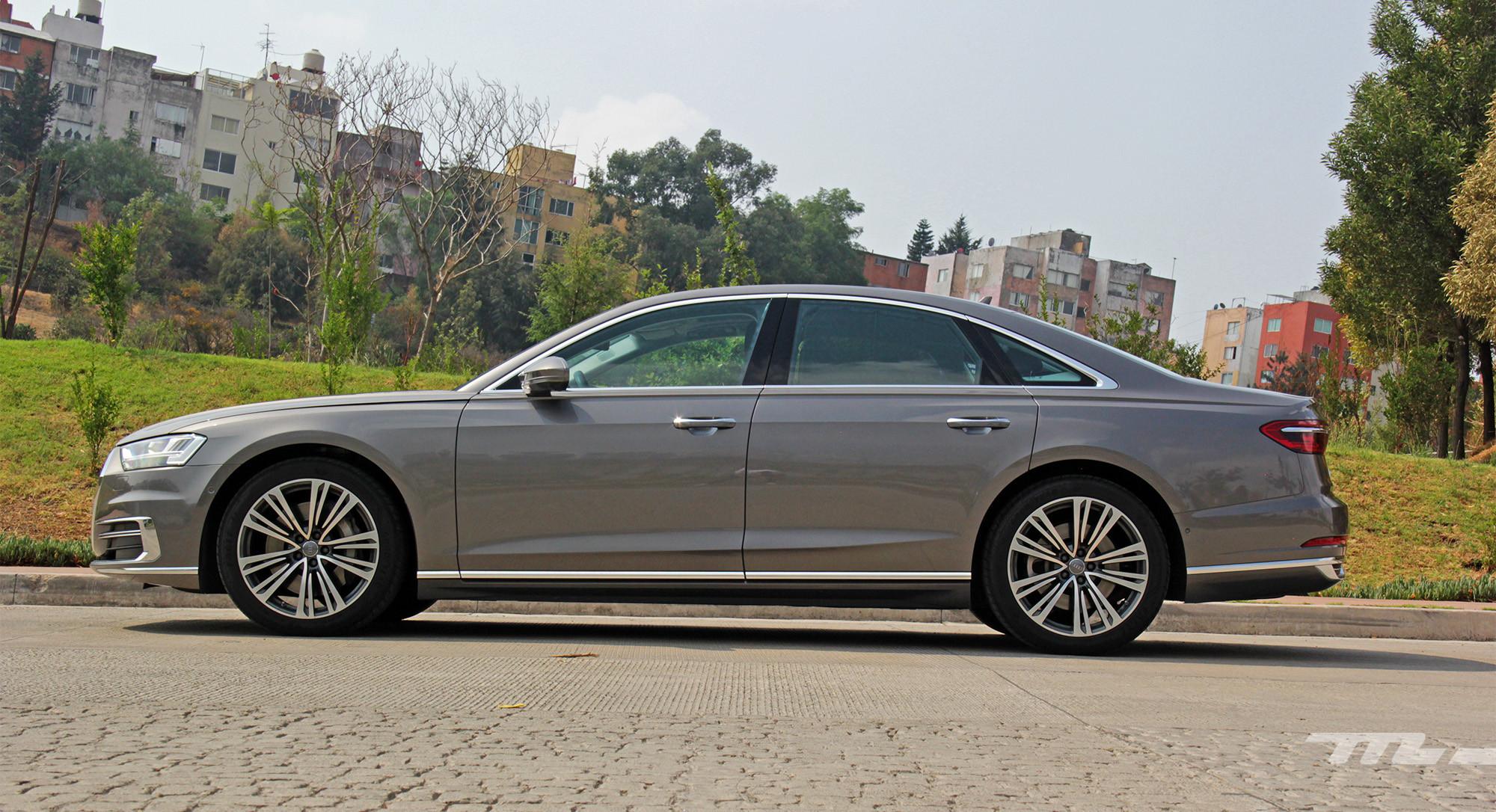 Foto de Audi A8 55 TFSI (11/22)