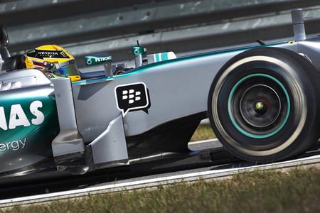 Lewis Hamilton toma la alternativa en Corea
