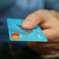 Detenidos en Madrid dos miembros de una organización dedicada al 'phishing' y la compra de criptomonedas con el dinero sustraído