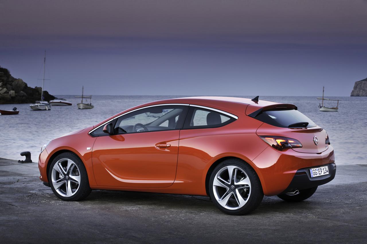 Foto de Opel Astra GTC (78/90)
