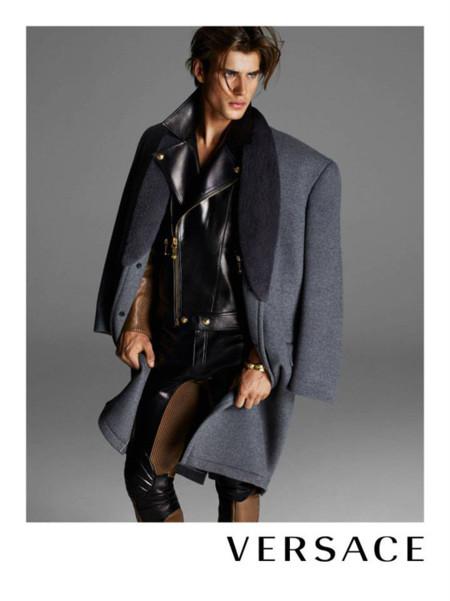 Matt Trethe Versace Invierno 2013
