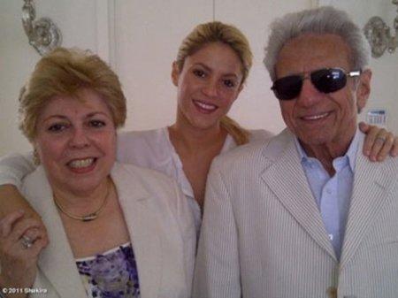 Separados al nacer: el padre de Shakira y...