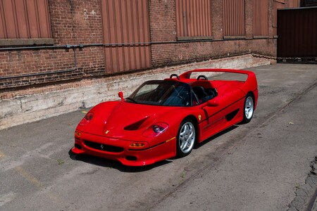 Subasta 25 Ferrari Clasicos 24