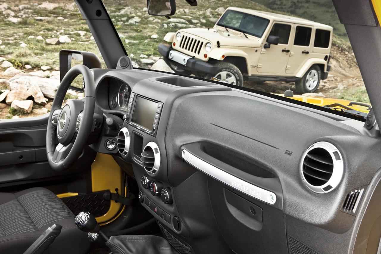 Foto de 2011 Jeep Wrangler (26/27)