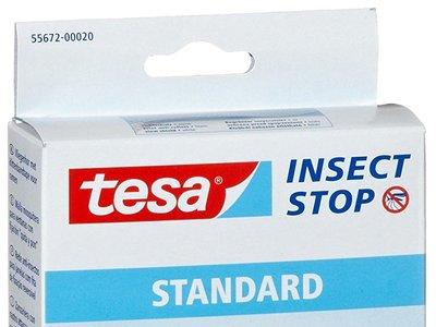 Líbrate de los mosquitos con la malla mosquitera para ventanas Standard  Tesa Insect Stop: 8,82 euros en Amazon