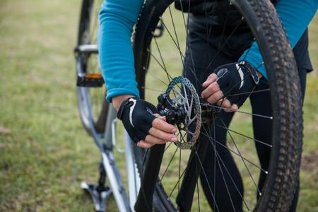 Las averías más frecuentes cuando sales en bici y cómo arreglarlas