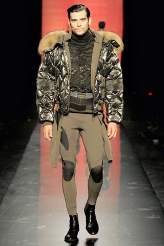 Foto de Jean Paul Gaultier Otoño-Invierno 2011/2012 en la Semana de la Moda de Paris (38/40)