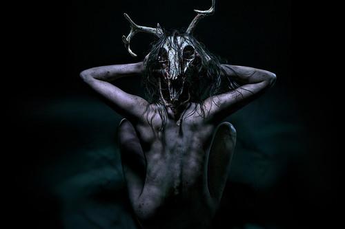 'Madre Oscura (The Wretched)': una pequeña joya de terror que ha igualado récords de 'Avatar' en la taquilla durante la pandemia