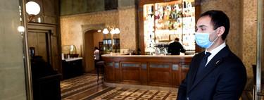 La hostelería presenta un protocolo, aprobado por el Gobierno, para la apertura de restaurantes: sin mamparas, pero con mascarilla