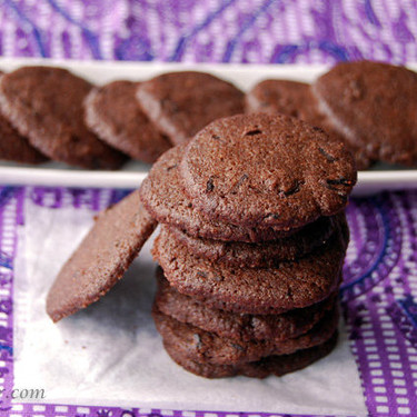 Receta de galletas sablés de chocolate con fresas