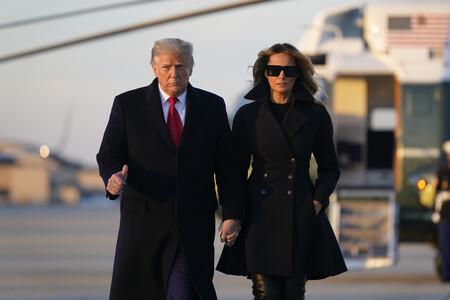 Melania Trump pisa fuerte gracias a sus estilosas botas mosqueteras de más de 1.600 euros