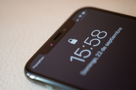 Iphone 11 Pro Notch Face Id 01