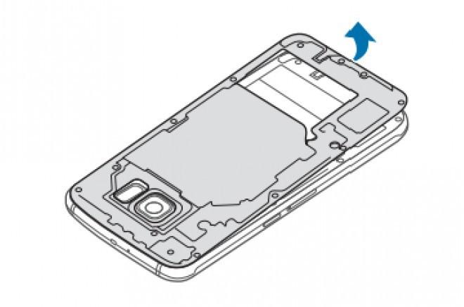 Foto de Samsung Galaxy S6, extracción de batería (3/5)