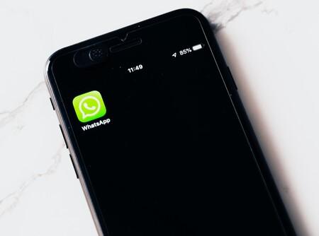 Migrar de WhatsApp a Telegram no basta: si no quieres que una empresa tenga tus datos personales tendrás que renunciar a Internet