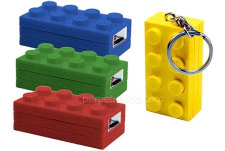 Llavero/linterna de Lego