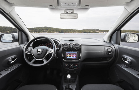 Dacia Lodgy Stepway interior