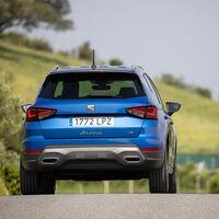 Los coches más vendidos de 2021: el SEAT Arona encara la recta final para ser el nuevo rey de las ventas en España