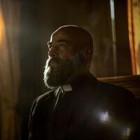 '30 monedas': Eduard Fernández habla sobre el futuro del padre Vergara tras el final de la primera temporada de la serie de HBO