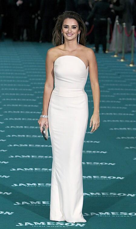 Penelope Cruz De Versace 2010