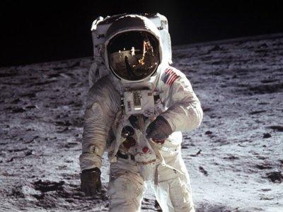 El código fuente de la misión Apollo 11, disponible en GitHub: así llegó la NASA a la Luna