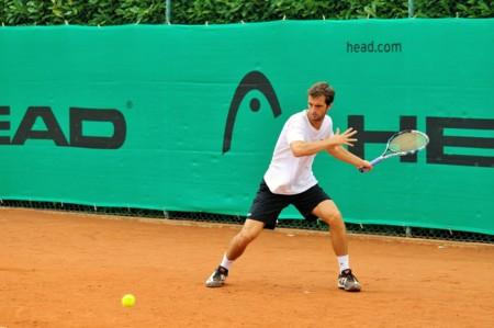 ¿Tu propósito de este año es hacer deporte? Apúntate a practicar tenis